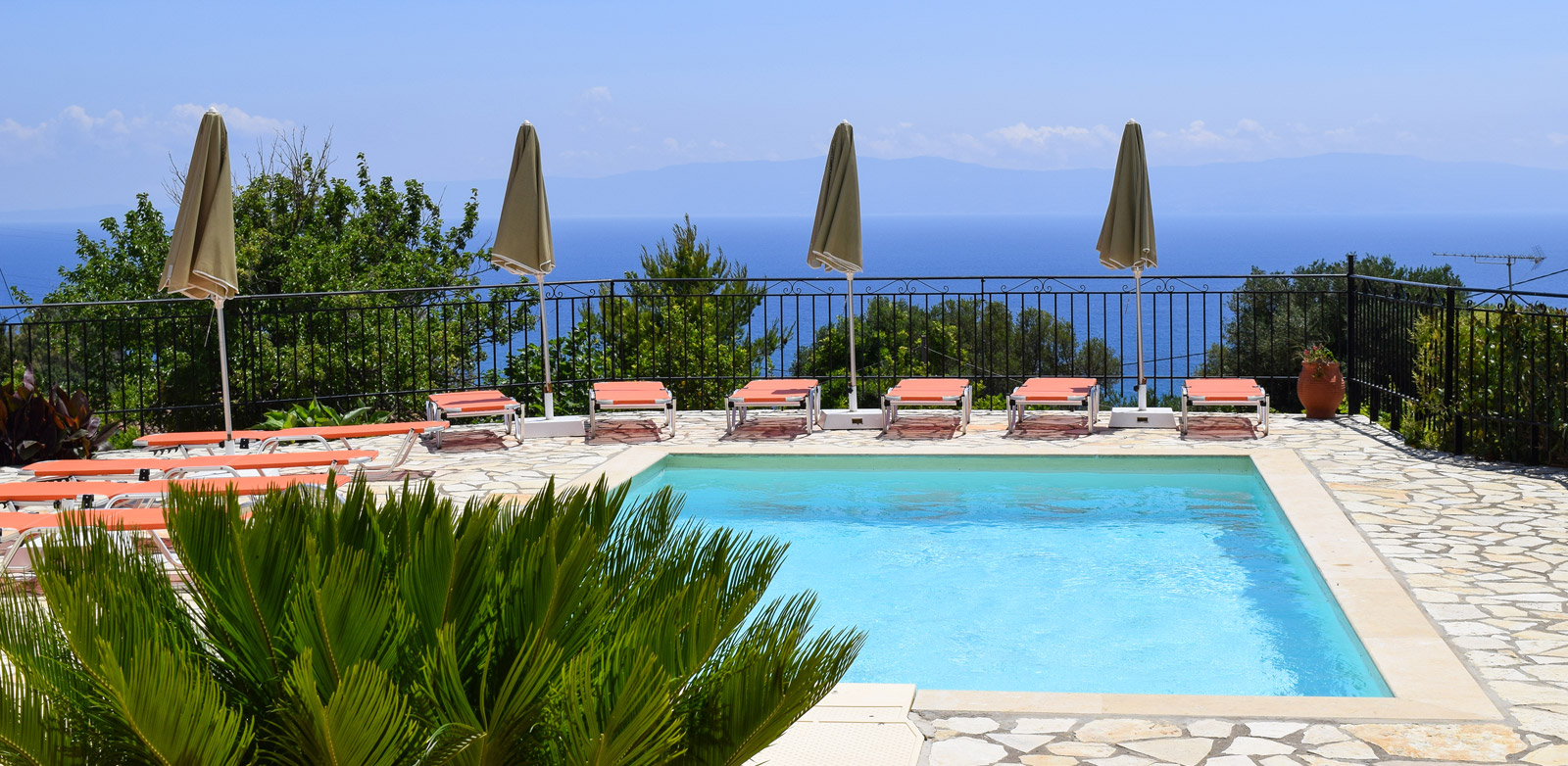kefalonia_apartments_skala02